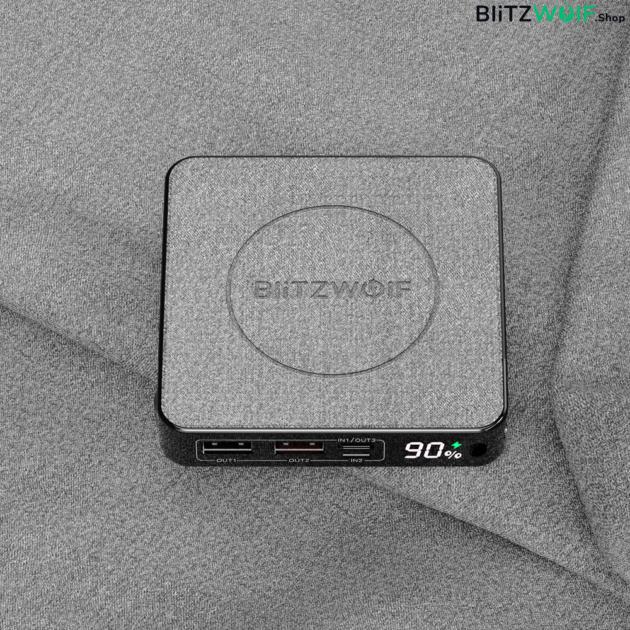BlitzWolf® BW-P13: led kijelzővel elátott 10.000mAh teljesítményű power bank beépített wireless töltővel