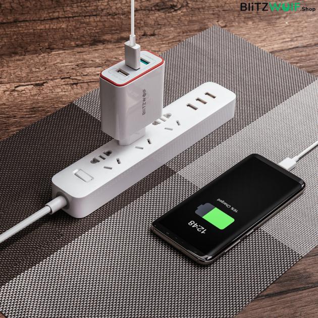BlitzWolf® BW-PL2: 3 portos USB hálózati gyorstöltő - 38W